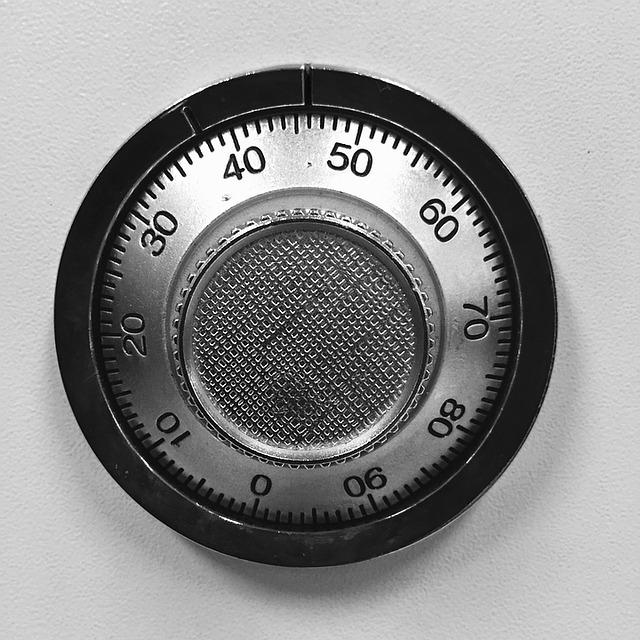 Patarimai, kaip tinkamai įrengti seifą